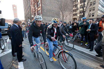 Mayor Emanuel Opens Dearborn Bike Lanes