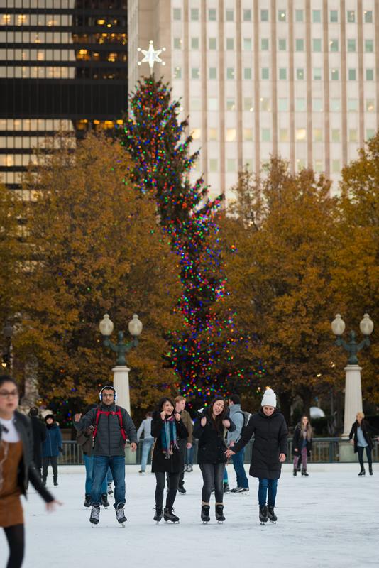 Millennia Park Christmas Tree 2020 City of Chicago :: Skate Millennium Park