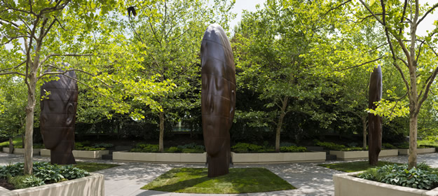 Jaume Plensa: 1004 Portraits