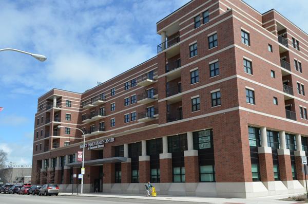 City Of Chicago Oakwood Shores Terrace Apartments