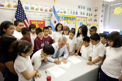 The 4th graders of Walsh Elementary School gathered to watch as Mayor Emanuel signed an Executive Order creating a long-term budgeting process for the City.