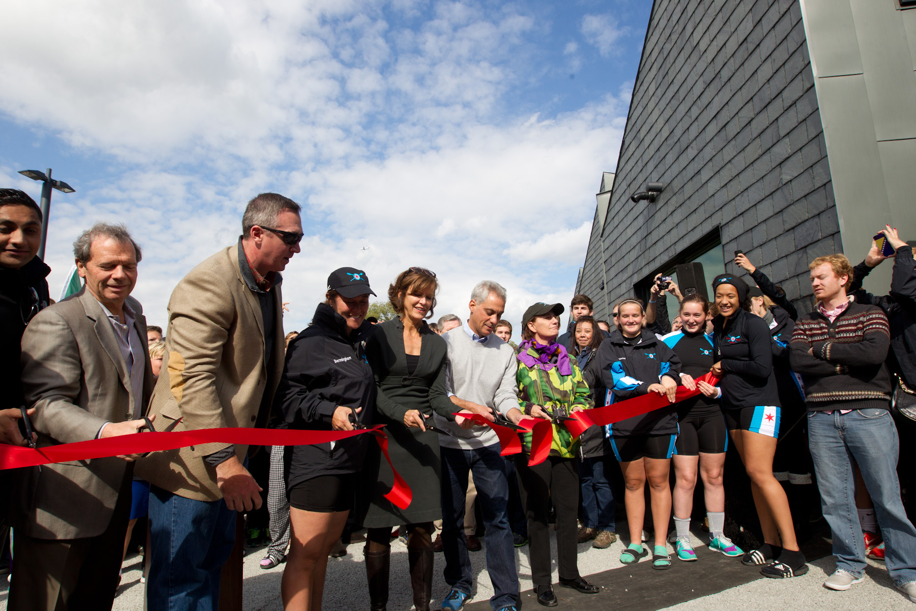 Mayor Emanuel and Community Partners Cut the Ribbon at New Clark Park Boat House