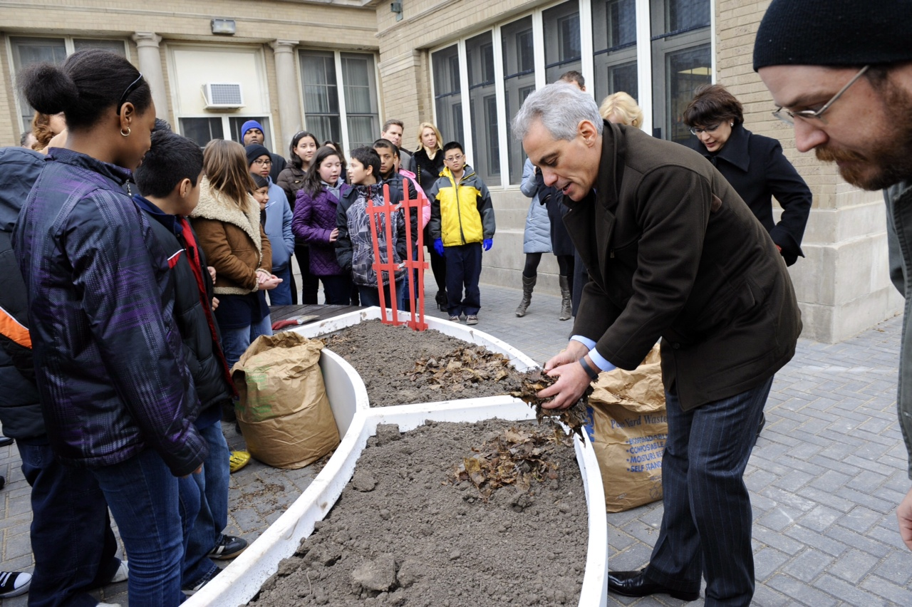 Mayor Emanuel joins CPS students at the installation of the 100th learning garden