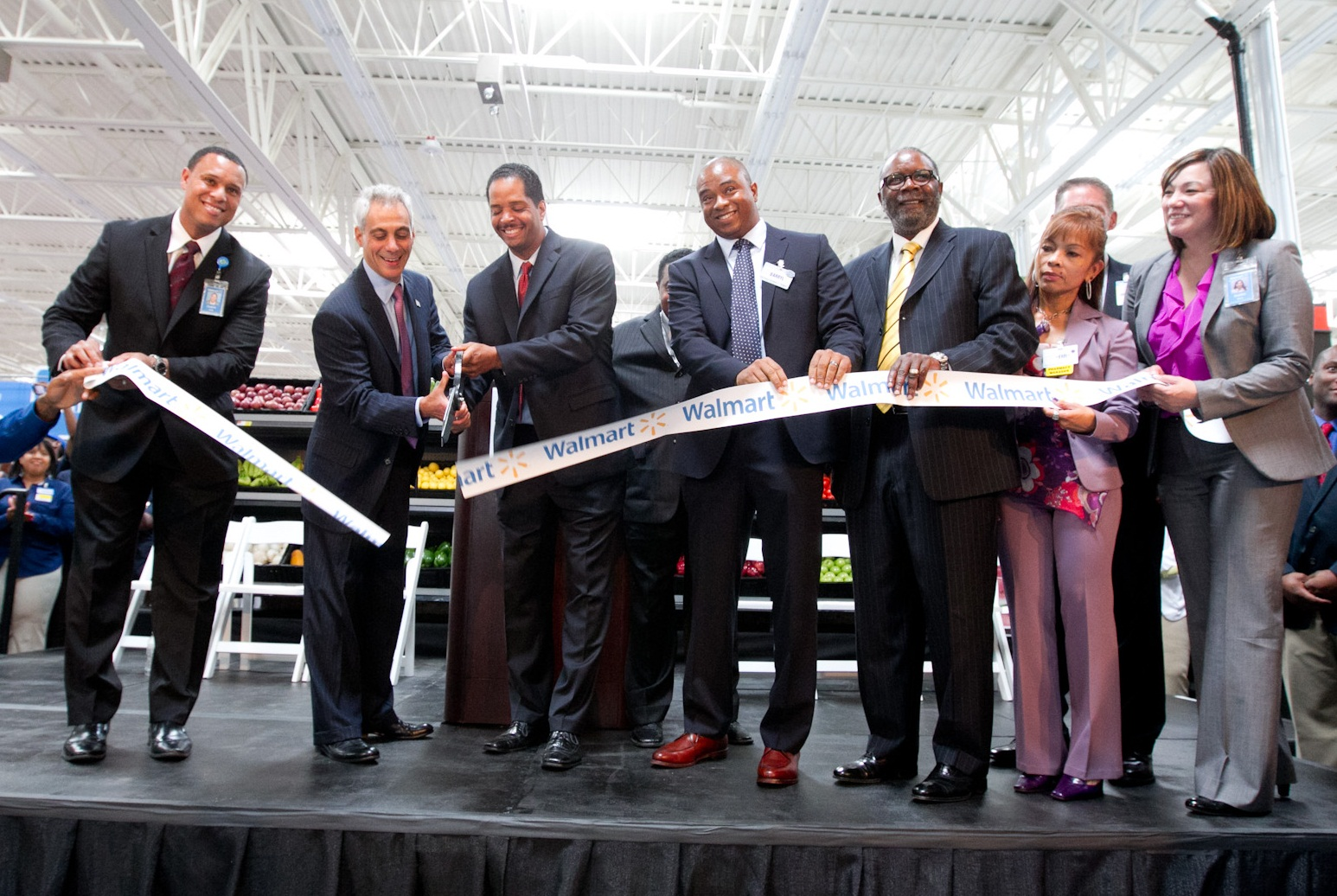 Mayor Emanuel joins Alderman Beale and community members at the grand opening of a new Walmart Supercenter in the Pullman neighborhood.
