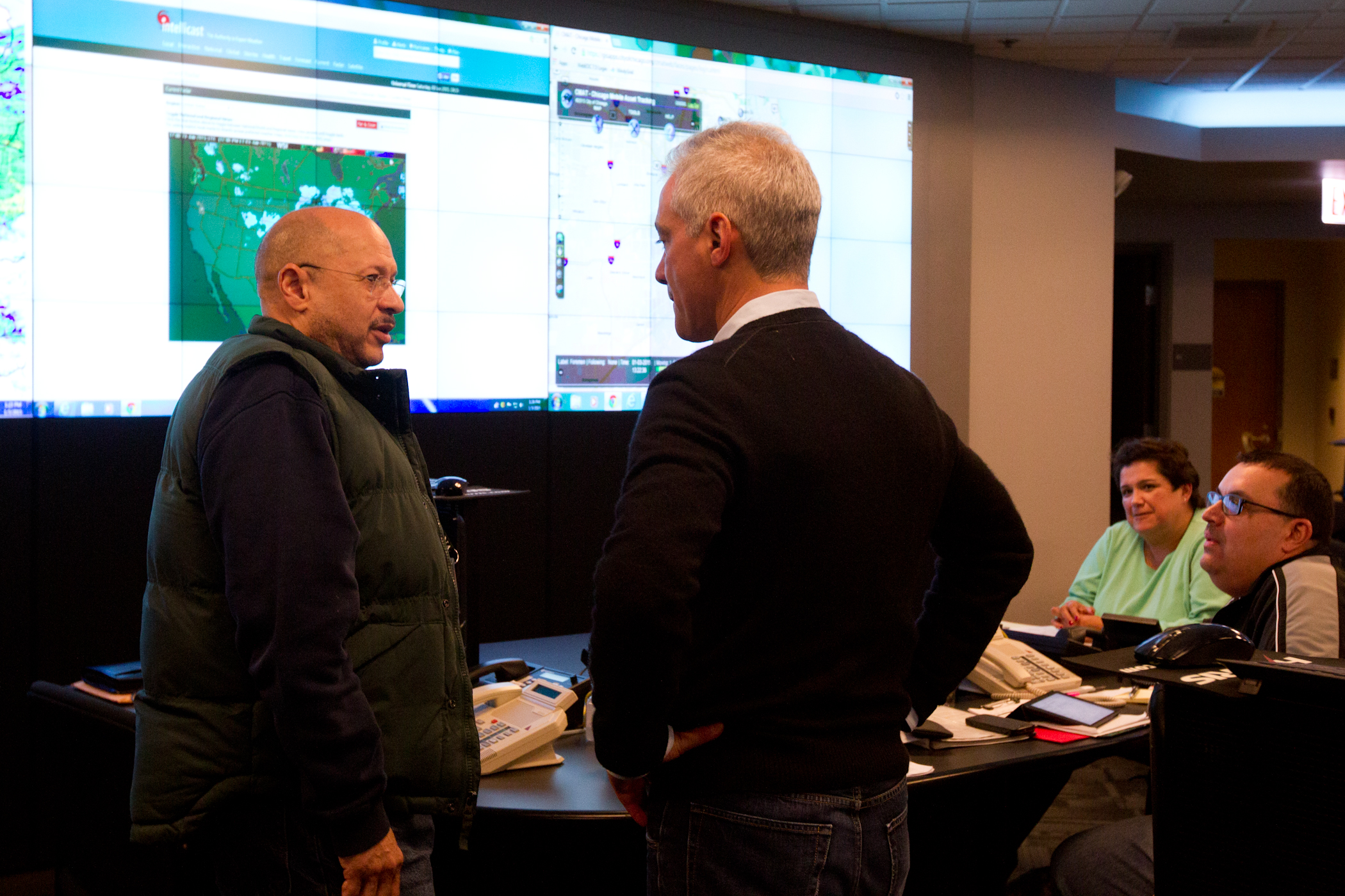 Photo Caption: Mayor Emanuel briefed on snow and ice removal operations.