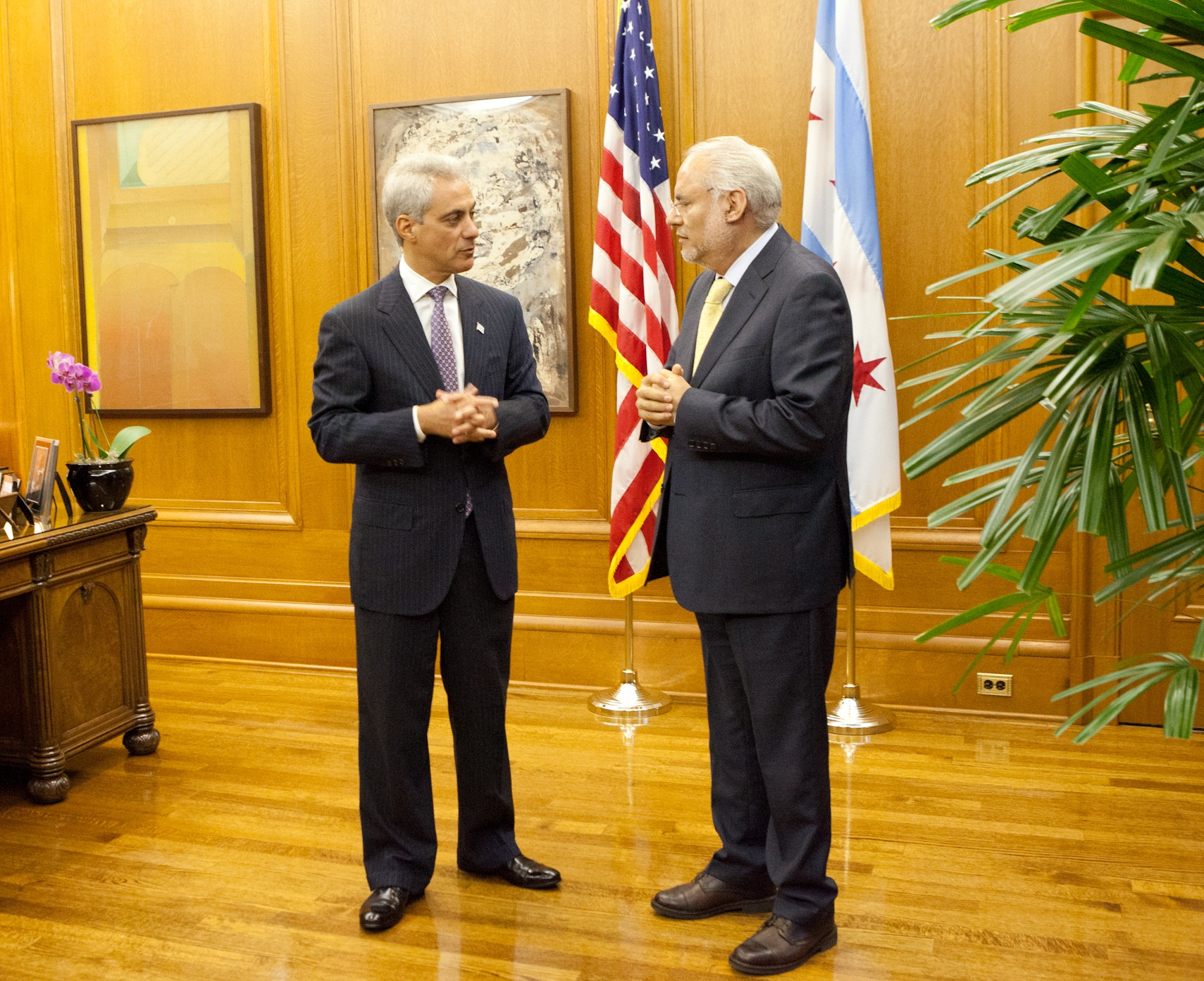 Mayor Emanuel welcomes Carlos Jiménez Macias, the new Consul General of Mexico to Chicago