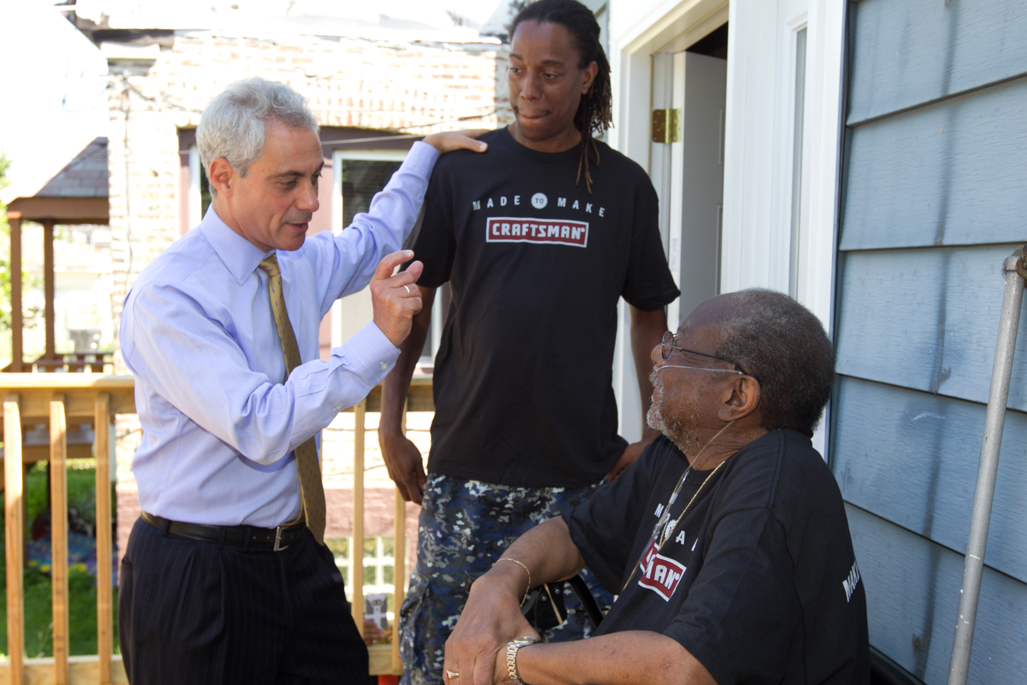 "Mayor Emanuel speaks to Mac Jones and son, Mac Jr. at the Craftsman ""Make a Difference"" Tour."
