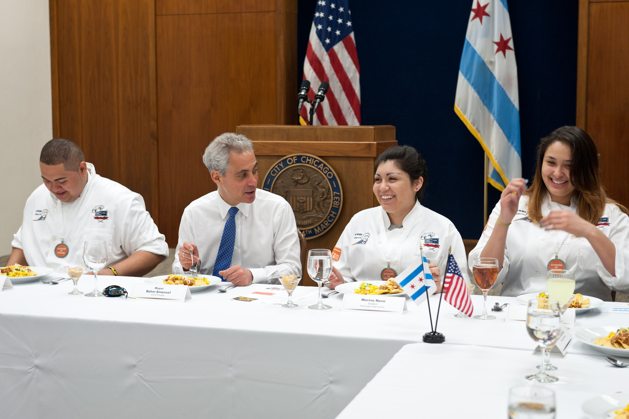 "Mayor Rahm Emanuel Joins Students from George Washington High School, Winners of an Honorable Mention for Best Presentation in ""Cooking up Change"" Healthy Cooking Contest in Washington D.C."