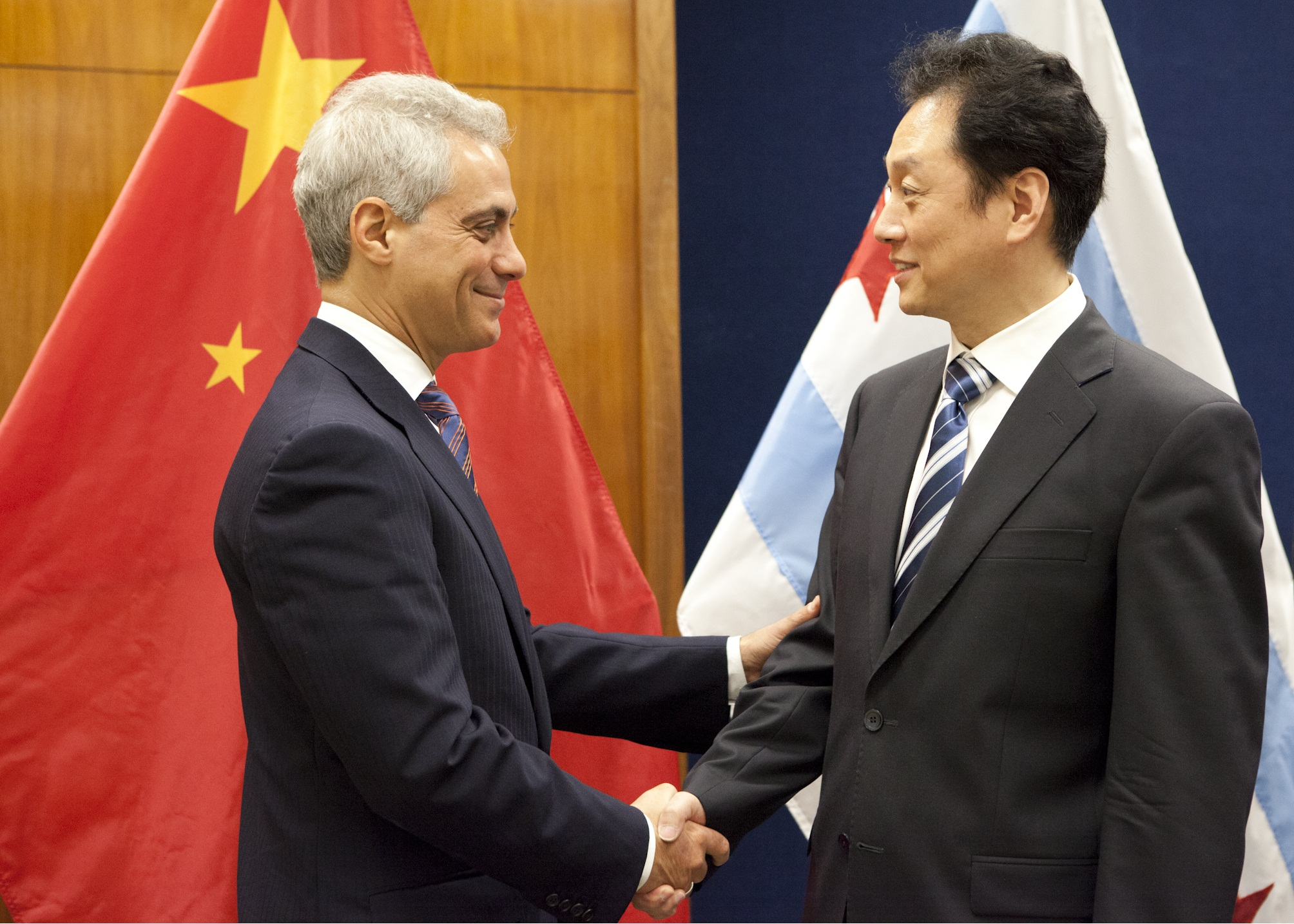 Mayor Emanuel welcomes to Chicago Mr. Wang Chao, Vice Minister of Commerce for the People's Republic of China.  Photo Credit: Brooke C