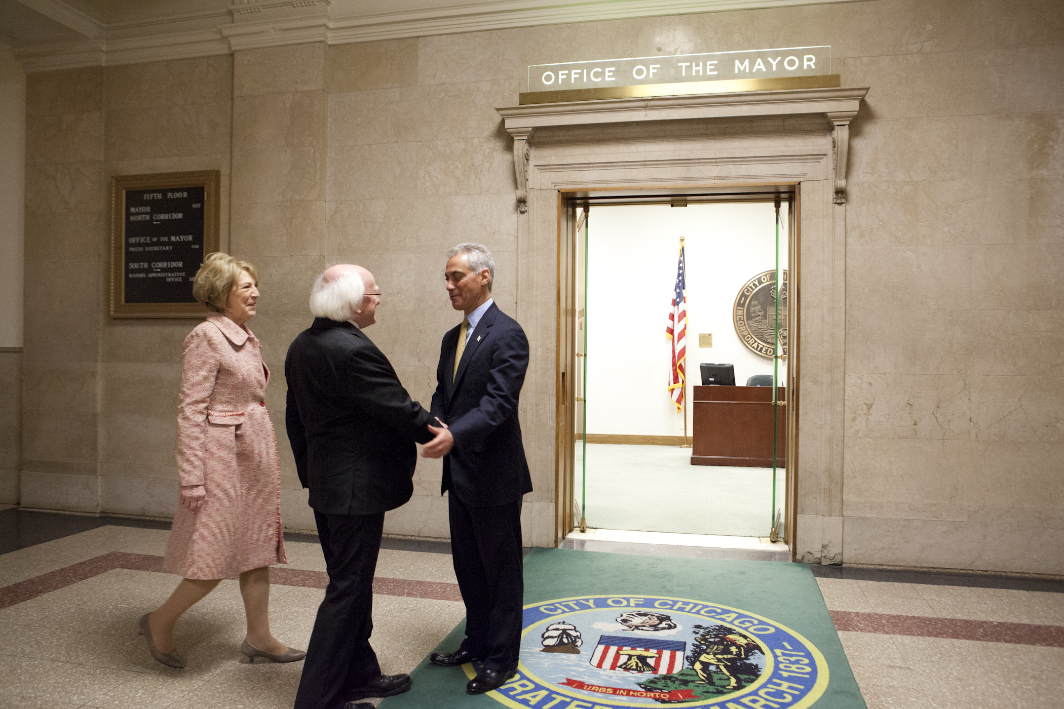 Mayor Rahm Emanuel welcomes His Excellency President Michael D. Higgins, President of Ireland, and Mrs. Sabina Higgins, First Lady of Ireland, to Chicago.